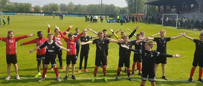 Nos U12 remportent le tournoi de Loon Plage !