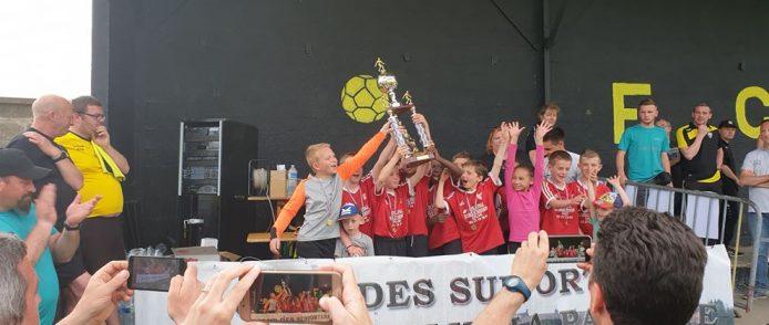 Les U10 remportent le tournoi de Blendecques